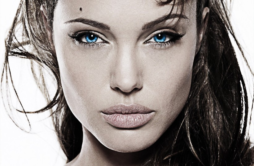 angelina_jolie_is_intense_by_thedeviant426-d311ab4-1024x670